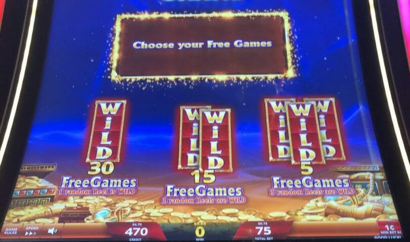 Golden Egypt Grand by IGT free spins bonus choice