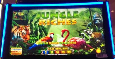 Jungle Riches by IGT top box