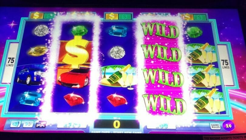 Wheel of Fortune 4D one reel wild and another triggered