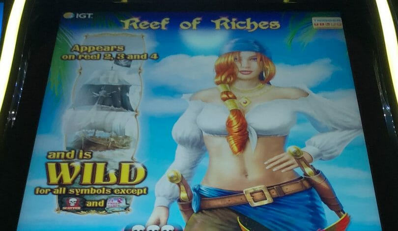 Reef of Riches by IGT top box