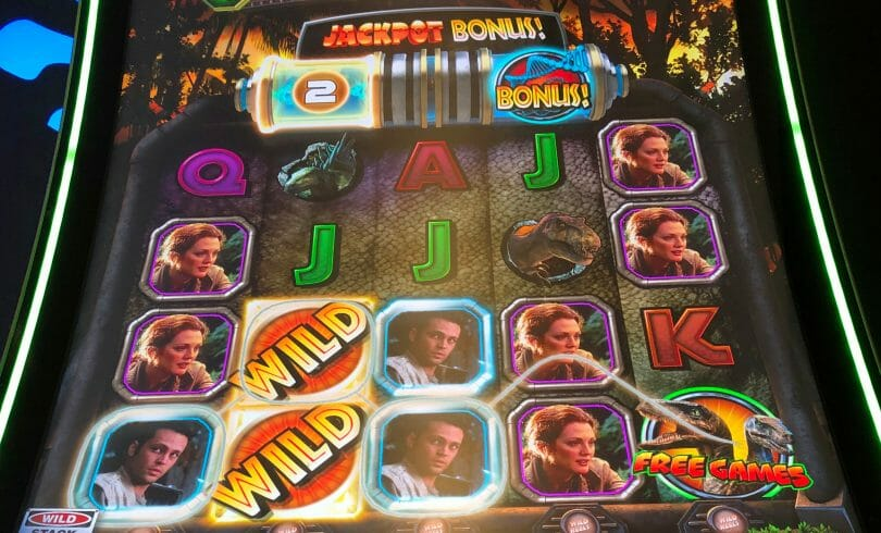 Jurassic Park Trilogy: The Lost World by IGT Jackpot Bonus countdown