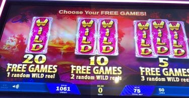 It's Magic: Ruby by IGT free spins choice