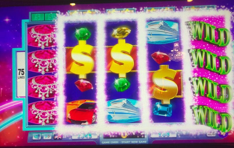 Wheel of Fortune 4D three dollar signs