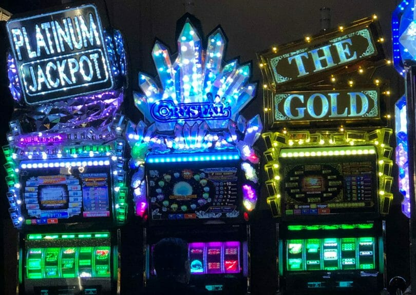 Aruze five reel games Platinum Jackpot, Crystal and The Gold