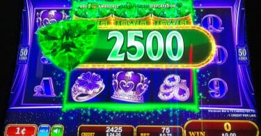 Jewel Reward by Konami green gems big win