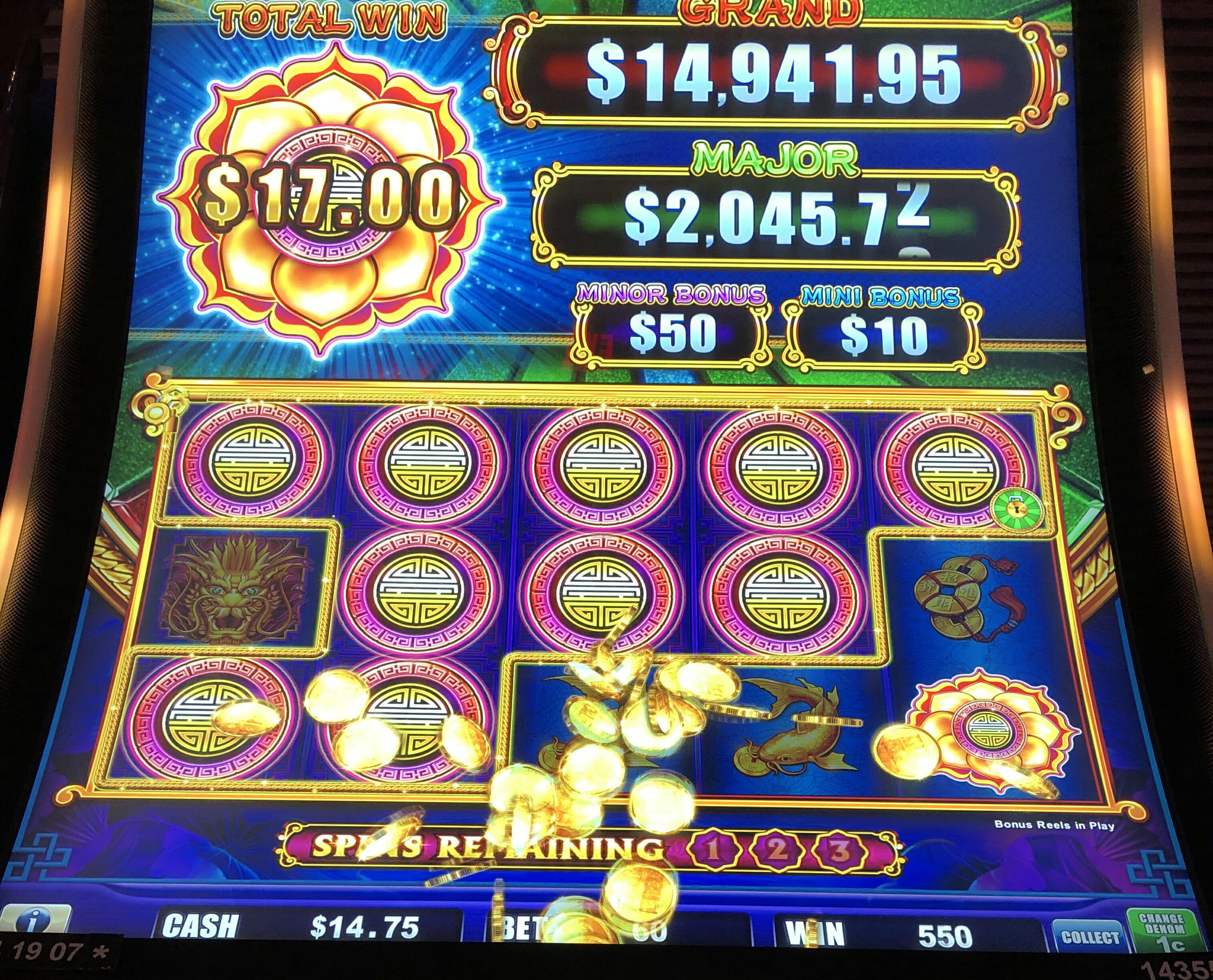 Lock It Up Slot Machine