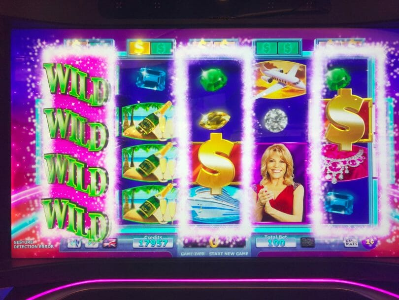 Wheel of Fortune 4D by IGT three wild reels