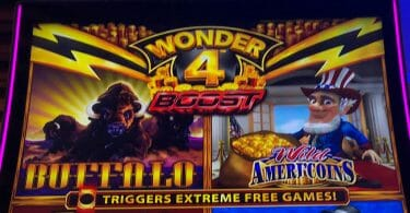Wonder 4 top box hero