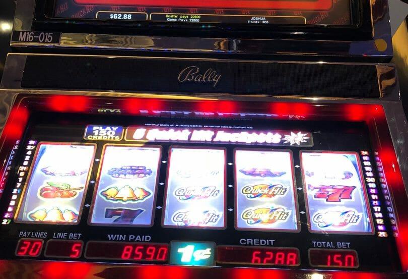 Quick Hit by bally bonus 6 symbols x3 225 dollar win