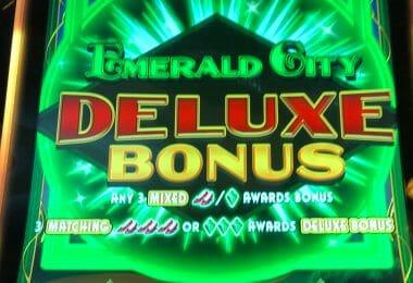 Wizard of Oz Emerald City by Scientific Games deluxe bonus