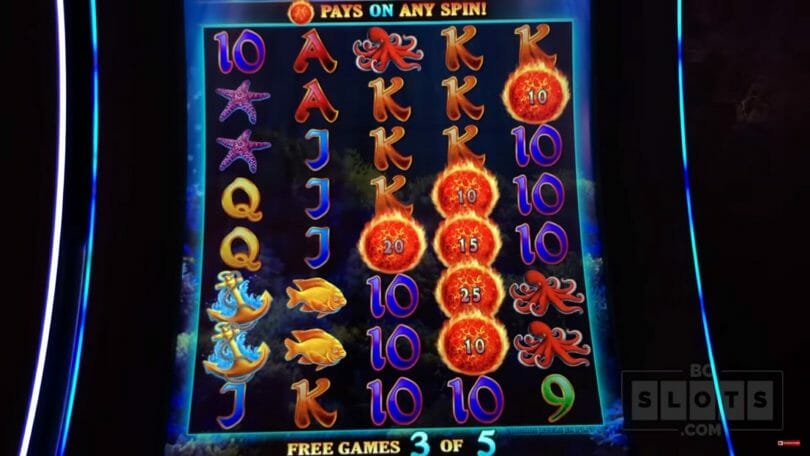 Ultimate Fire Link by Bally By the Bay free spin with fireballs