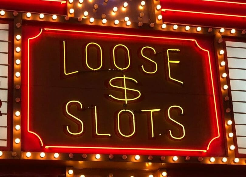 loose slots neon sign