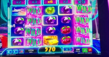 Wheel of Fortune 4D More Money by IGT