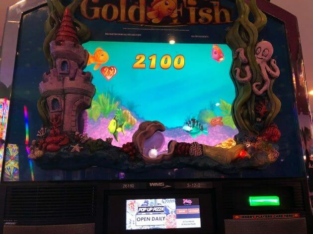 Goldfish by WMS fish kiss bonus