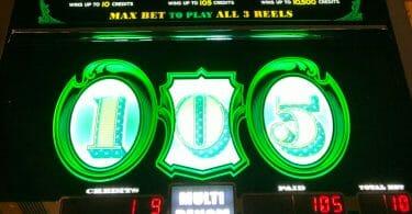 Cash Machine by Everi 105 credit win