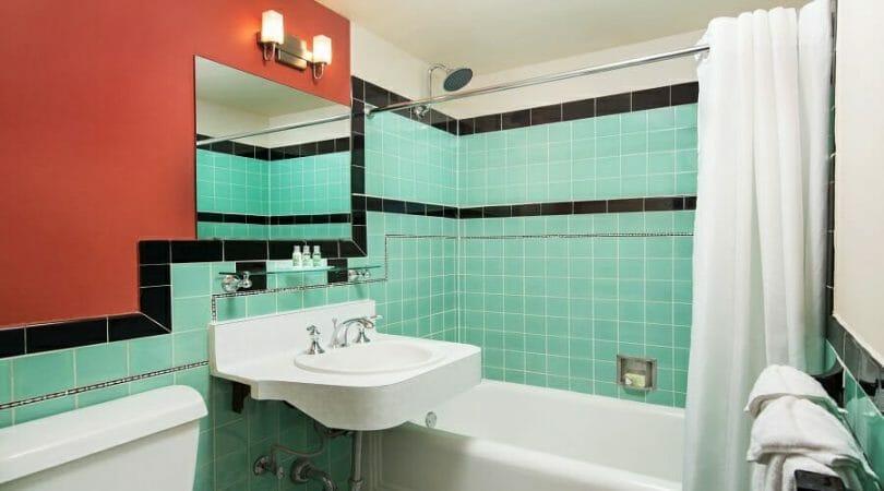 Golden Gate casino hotel bathroom