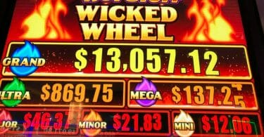Smokin Hot Stuff Wicked Wheel progressives