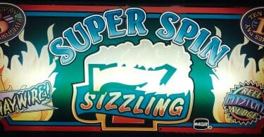 Super Spin Sizzling 7 by IGT logo
