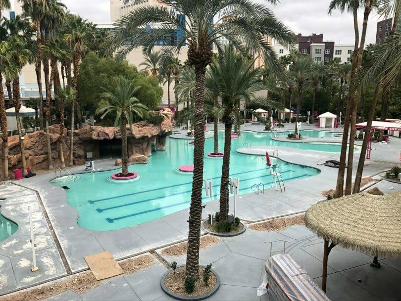 Flamingo pool complex