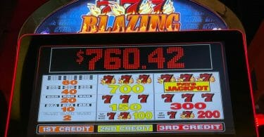 Blazing 7s by Bally pay table