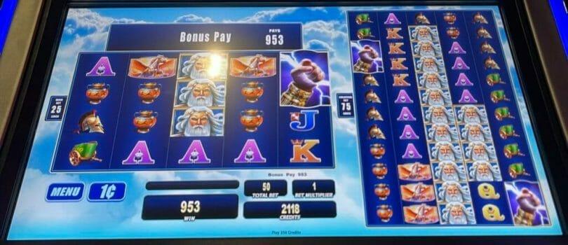Zeus 1000 by WMS bonus triggered