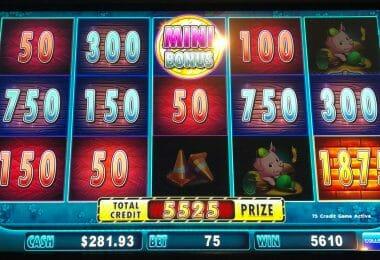 Huff n Puff by Scientific Games mini jackpot winner